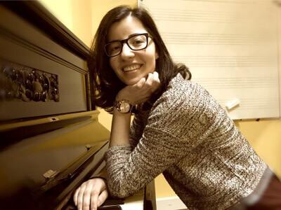 Cantora Pianista  Stay – Rihanna | Piano e voz img 1551