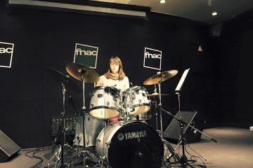 Demonstração de bateria programa rockschool Fnac Colombo Baterista a tocar 360x240