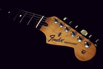 fender stratocaster x ibanez rg: qual a mais versátil? Revista Guitar Player – Fender Stratocaster X Ibanez RG: qual a mais versátil? Fender Stratocaster 360x240