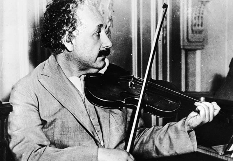 Génios e a Arte Musical Génios e a Arte Musical einstein violino 1